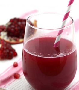 Fresh-Anar-and-Grapes-Juice